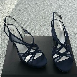 4767cf28240 Adrianna Papell Shoes - Brand new Adrianna Papell Adri Sandals